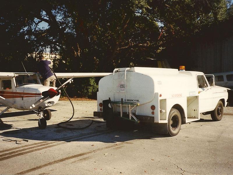 N 67307 am Fuel Truck