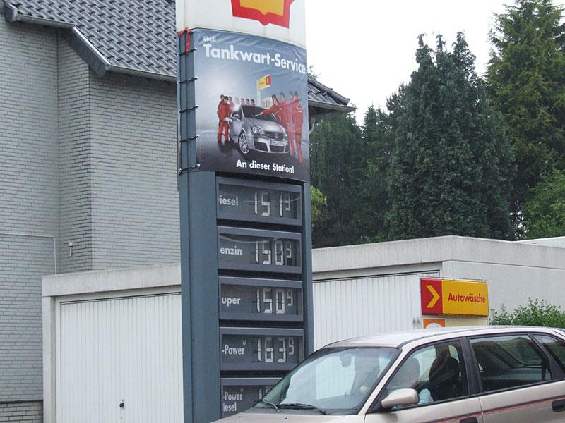 988_Diesel-teurer-als-Benzi