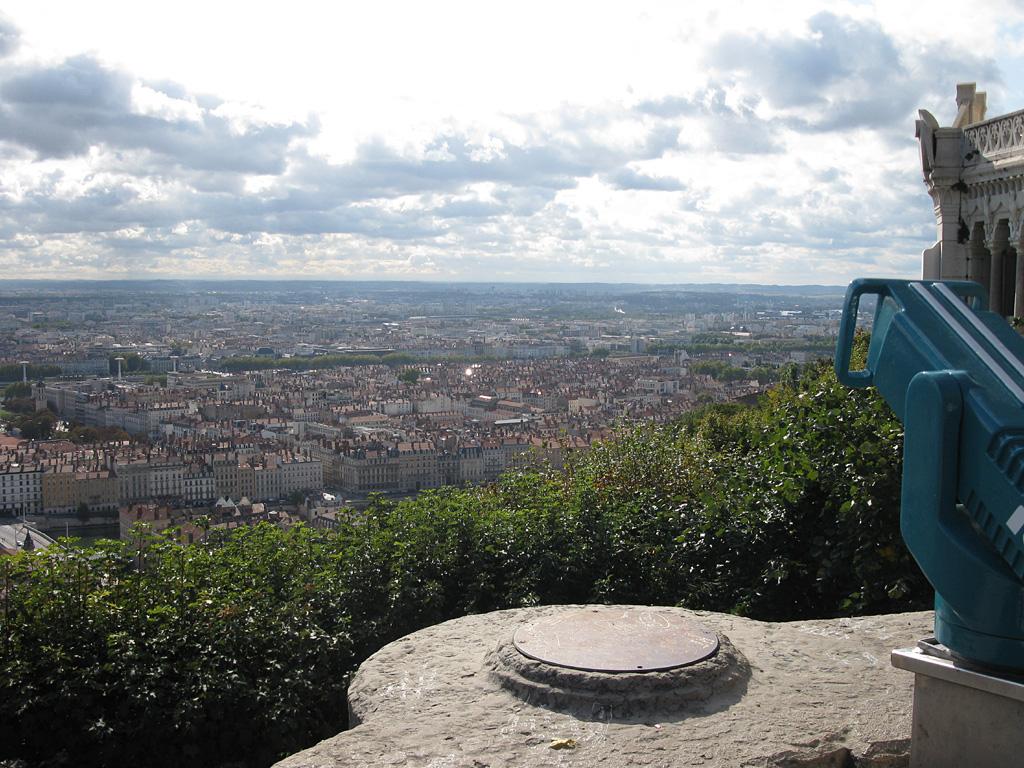 1000_Lyon-oben