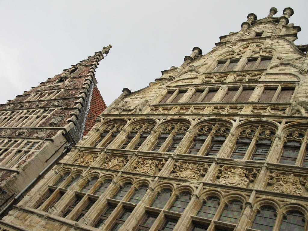 Grasleigiebelgebäude