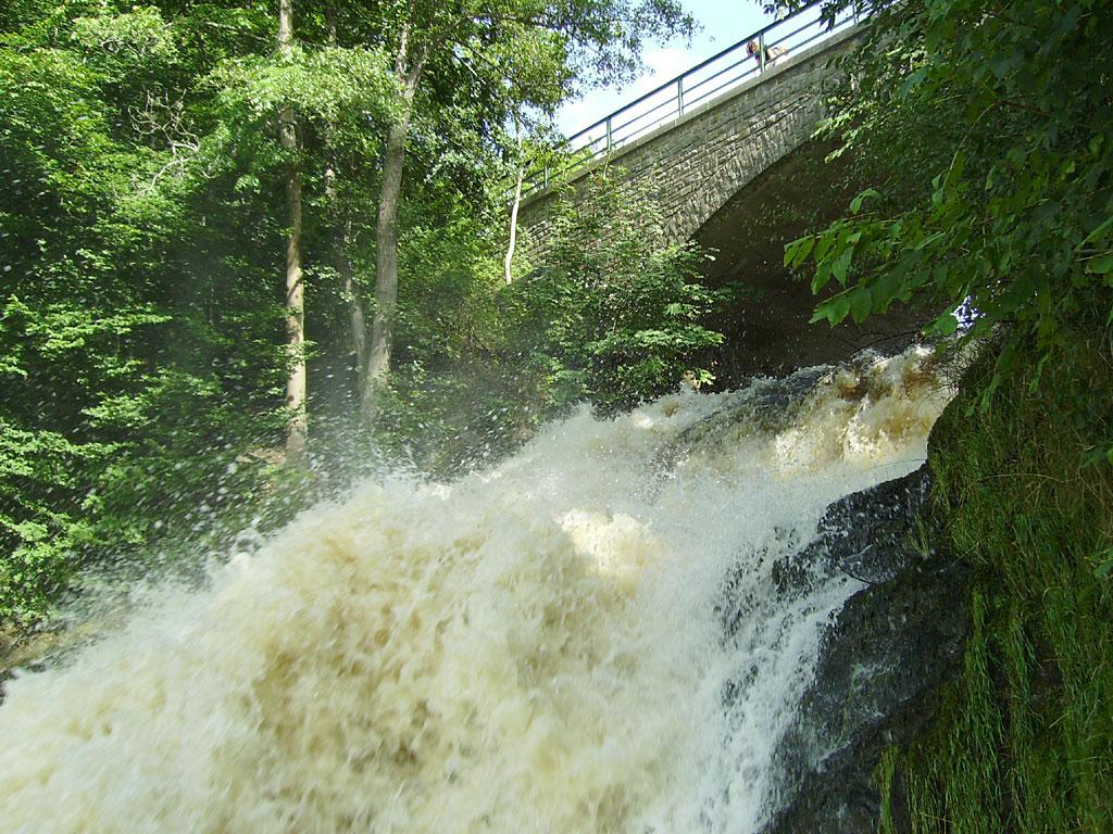 0020_Wasserfall_1024