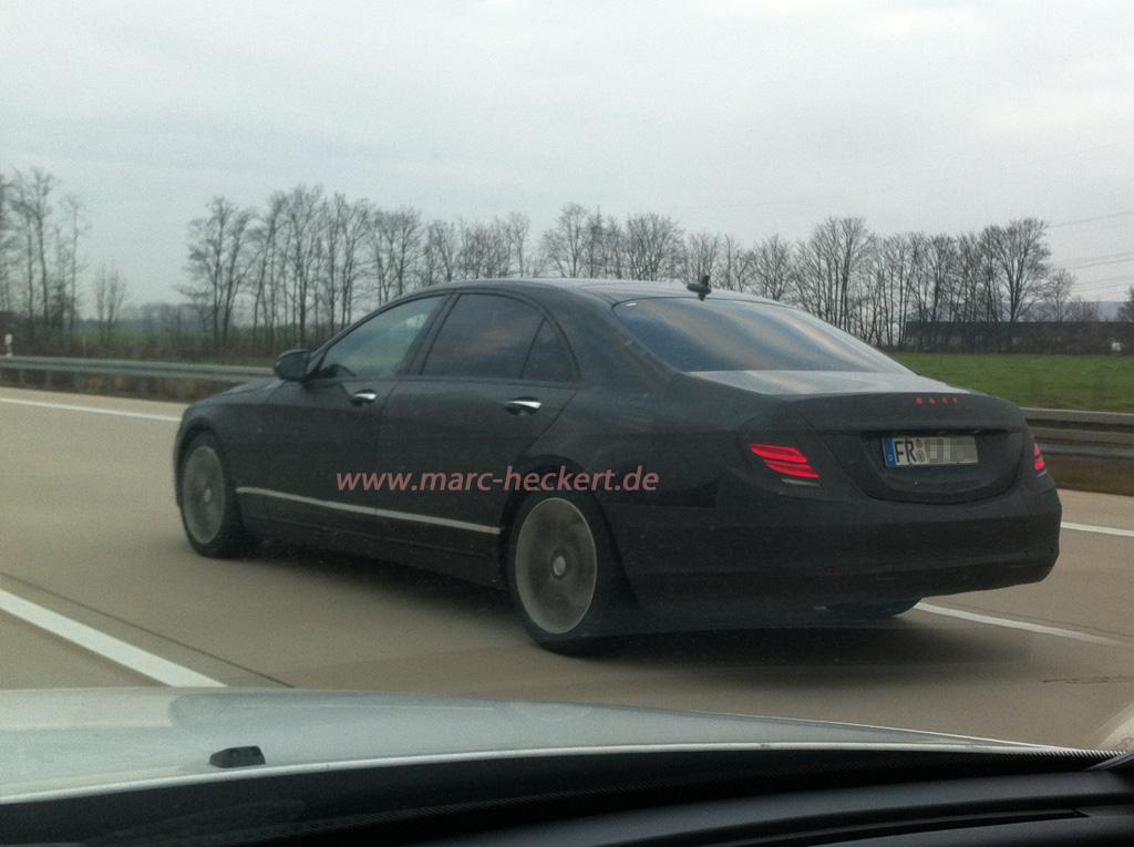 2012_12_Mercedes-Erlkoenig_
