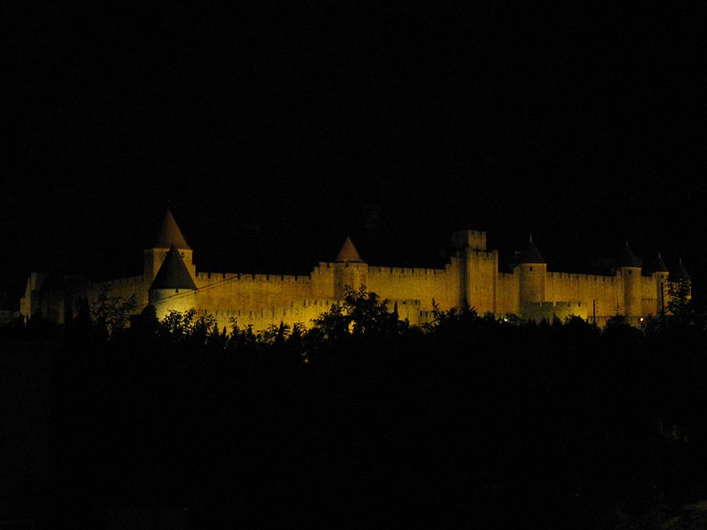 785_Carcassonne-nachts_1024