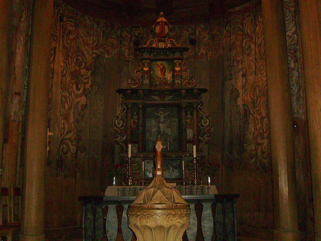 Heddal-Altar0177_1024