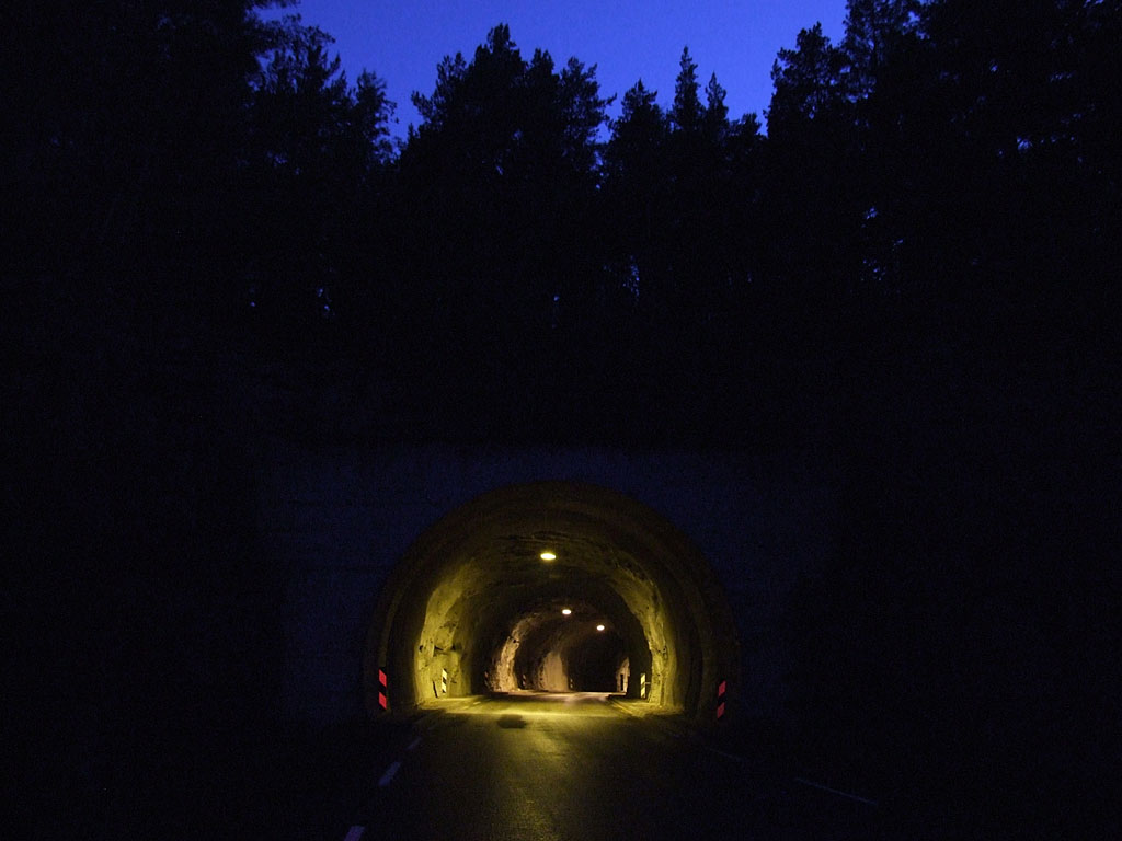Tunnel390_1024