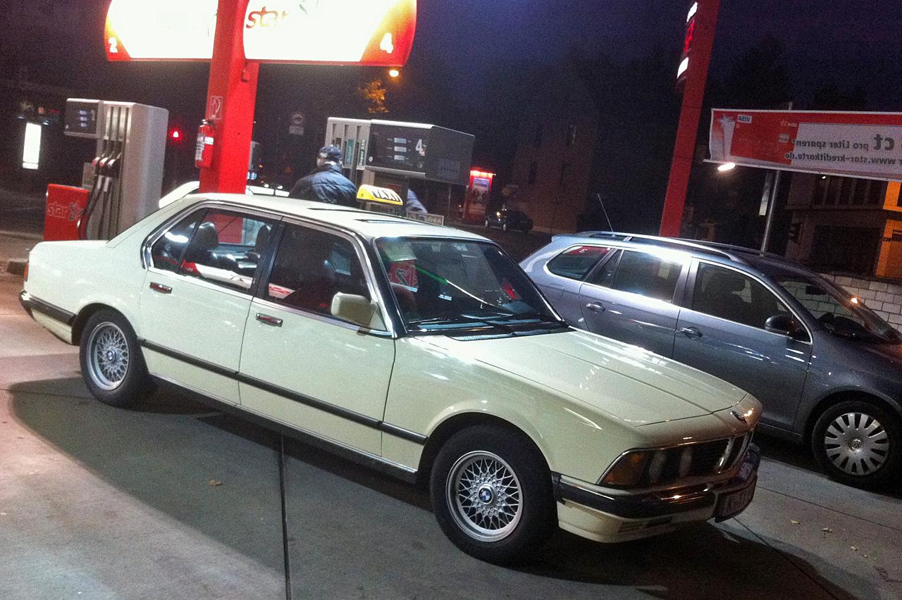 Siebener-Taxi1023
