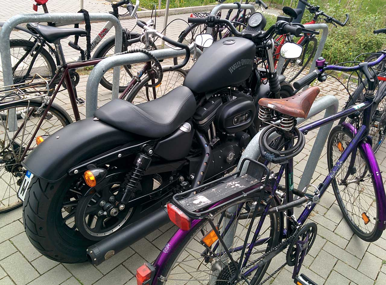 harley-parking