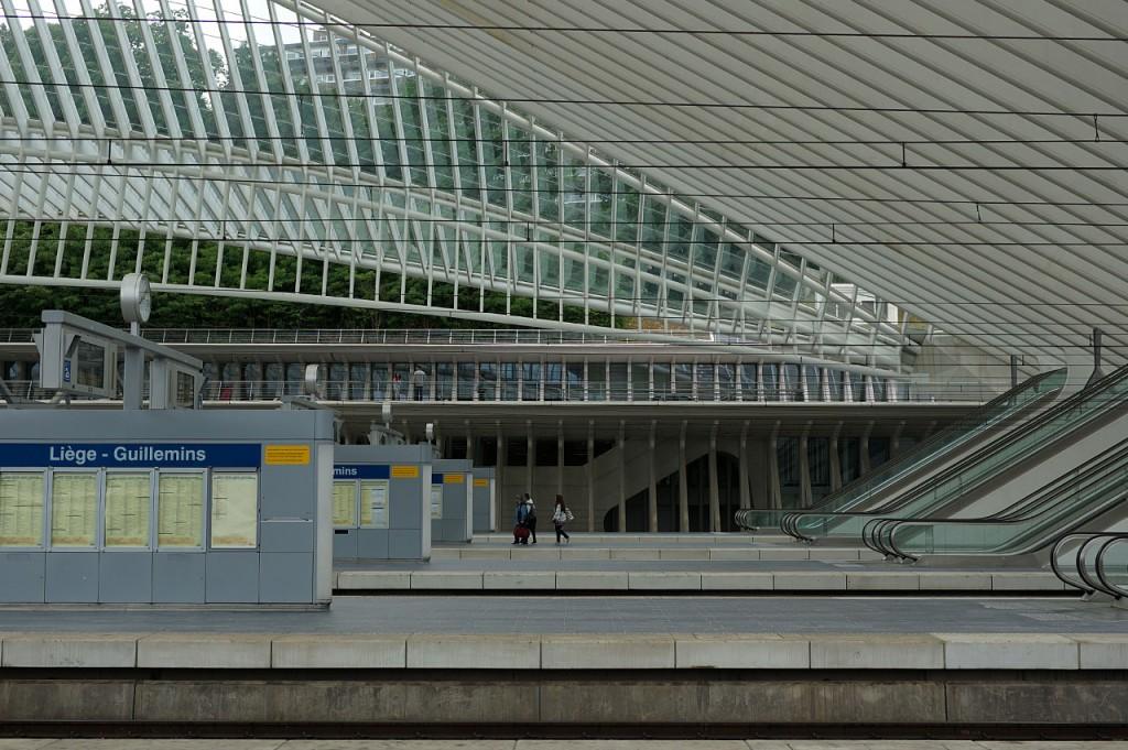 1403-Bahnsteig