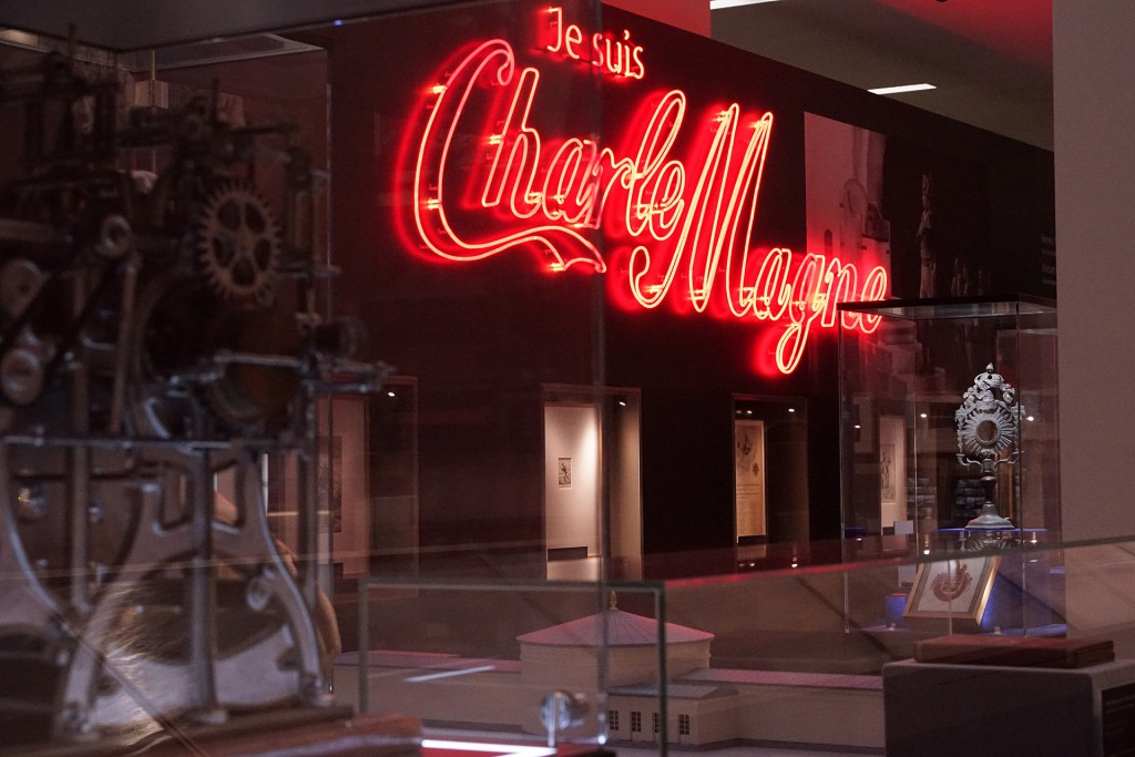 451-Charle-Cola